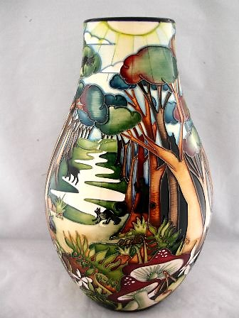 SPECIAL COLLECTION SERIES. Wonderland vase 6086