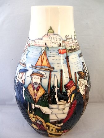 CATALOGUE LIMITED EDITIONS. Merchant of Venice vase 6331