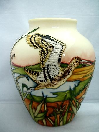 CATALOGUE LIMITED EDITIONS. Call of the Curlew vase 6545
