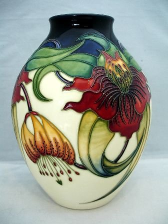 CATALOGUE CURRENT/RETIRED. Anna Lily 3/8 vase 6600